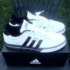 !!Adidas Shoes New with Tags in Box Unworn!!